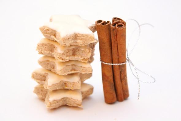 cinnamon meringue cookies