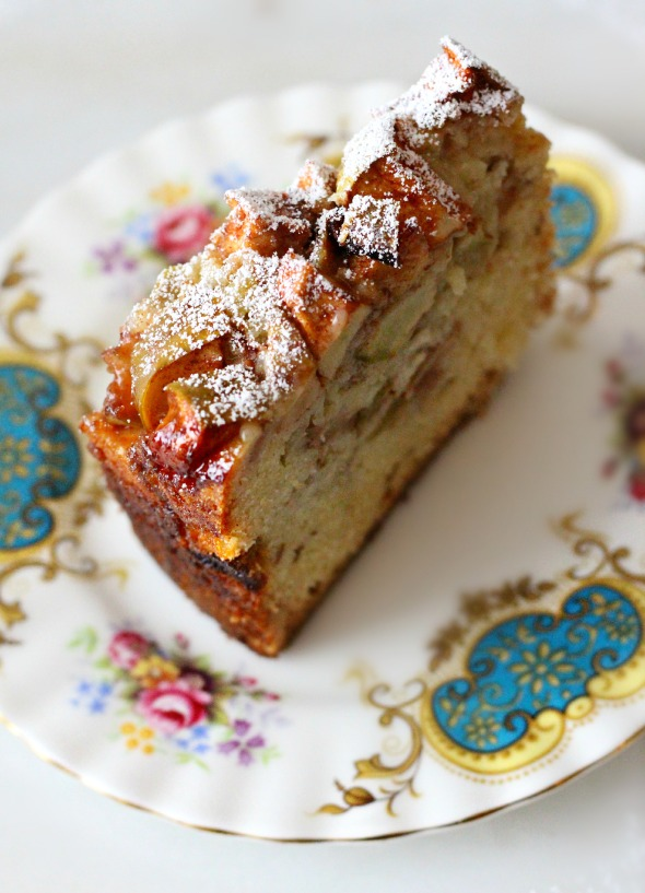 apple walnut cake slice