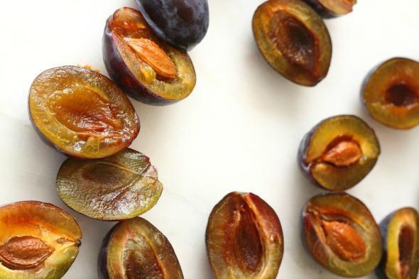plums, halved 2