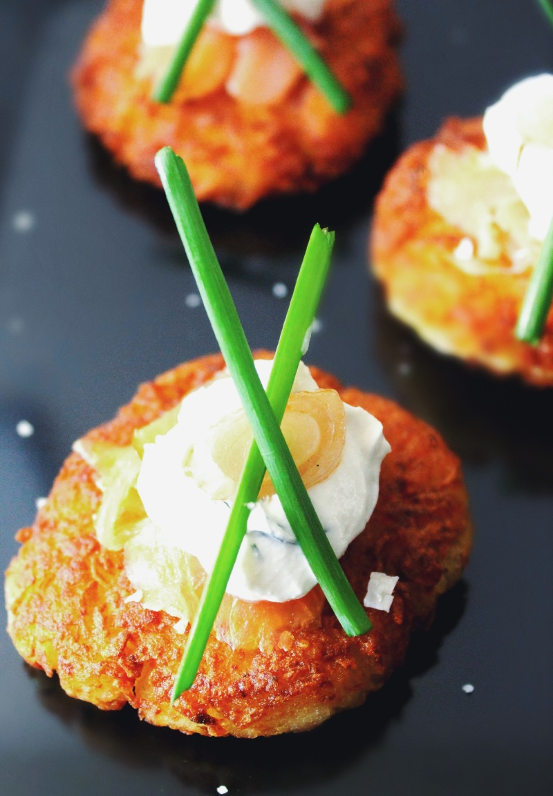classic latkes with dilled sour cream, lox & chives