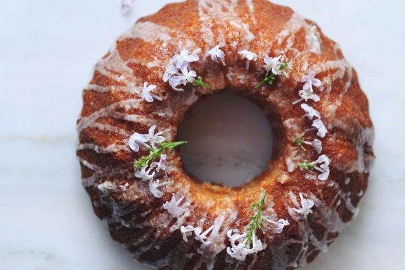 Lemon & Lilac Cake