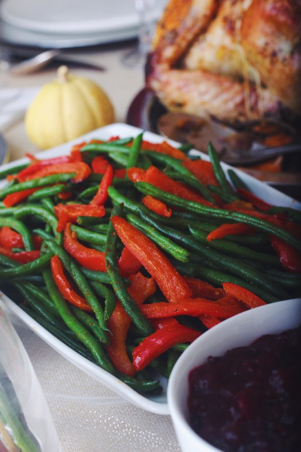 Blanched Green Beans with Roasted Red Peppers