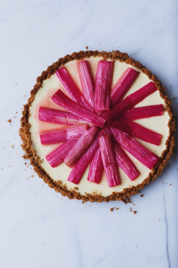 Vanilla Bean Cheesecake Tart with Roasted Rhubarb | retrolillies